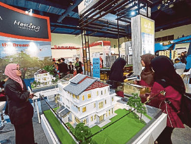 20200607_HOC_to_lift_property_market-min